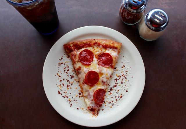 styl jedzenia pizzy oddaje cechy charakteru