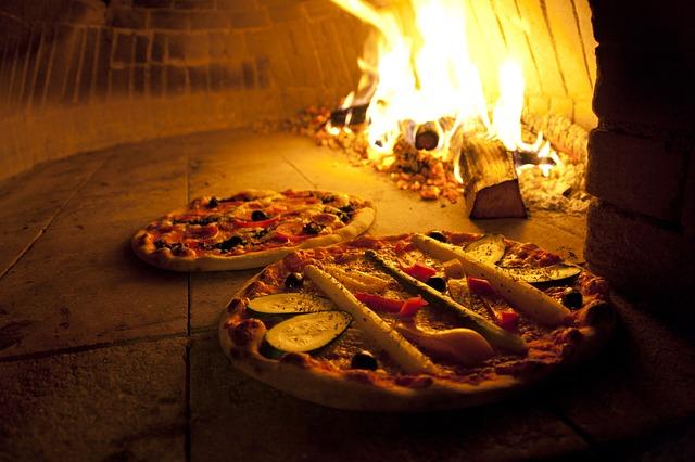 jak odgrzewać pizzę w piecu