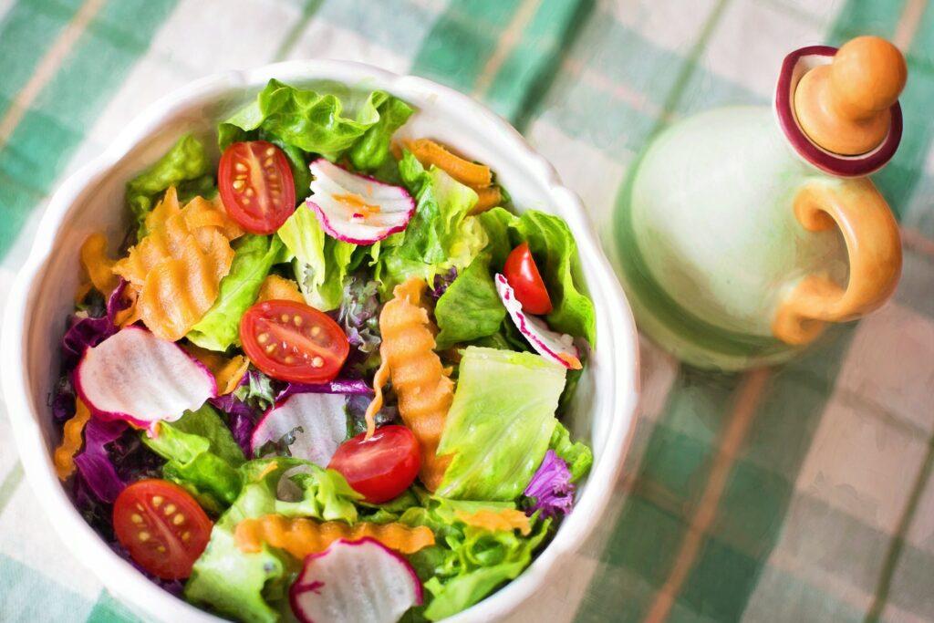 Dodatki do sałatek dla osób na diecie